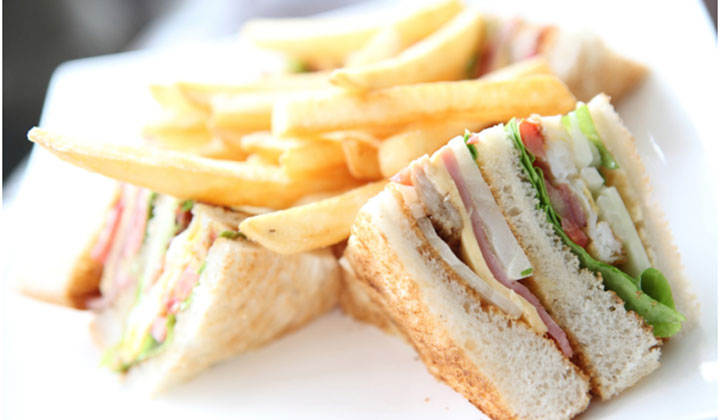 Bread Recipes For Kids - Corn Capsicum Sandwiches