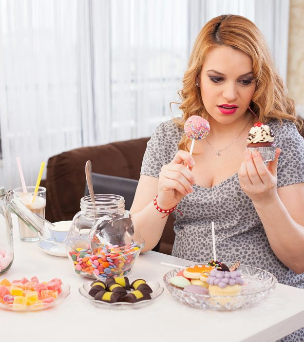 When Do Pregnancy Food Cravings Starts And How To Control?