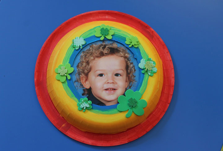 Paper Plate Frame