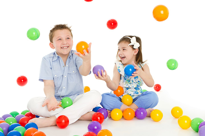 Group Juggle - Team building games for children