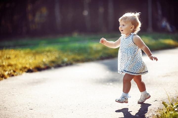 Walking race