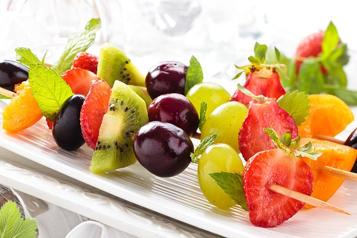 19 quick and easy finger foods for kids fruit on a stick party easy finger food ideas pictures forumfinder Choice Image
