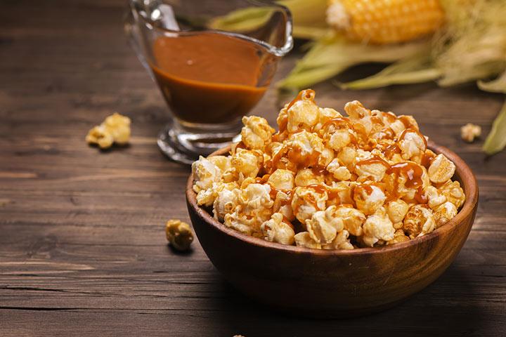 Sticky Caramel Popcorn