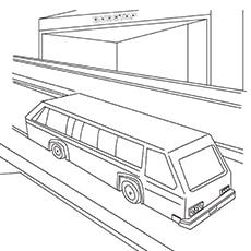 Hot-Wheels-Bus-On-City-Road-17