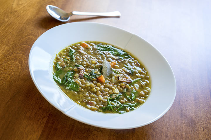 Lentil and spinach stew (for 8+)