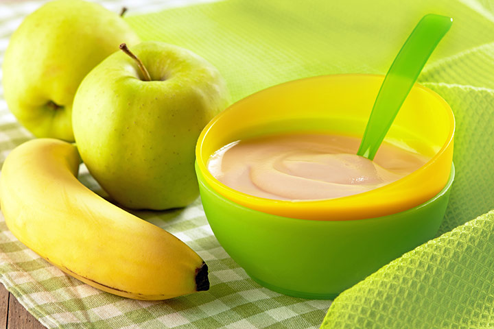 Combination of Apple and Banana Purees for Babies