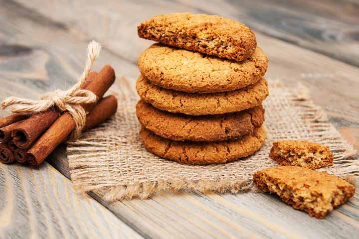 Oats and cinnamon cookies