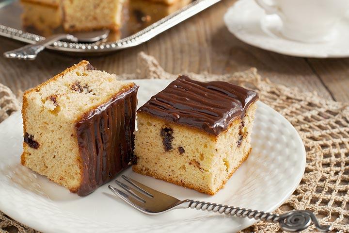 Peanut Butter & Chocolate Chip Coffee Cake