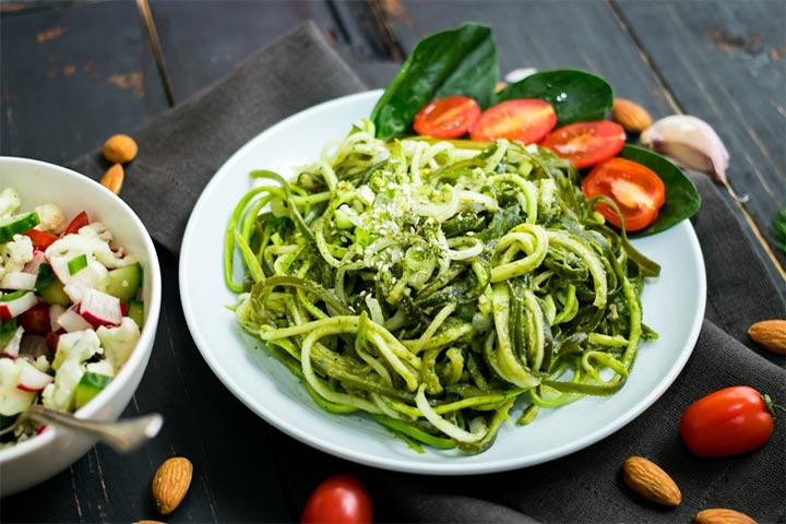 Saucy zucchini noodles