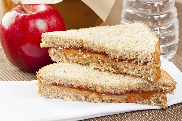 apple and date sandwich