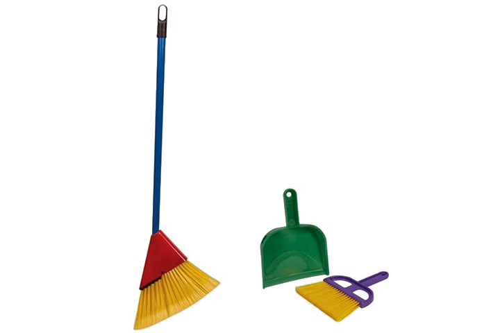 little helper broom set