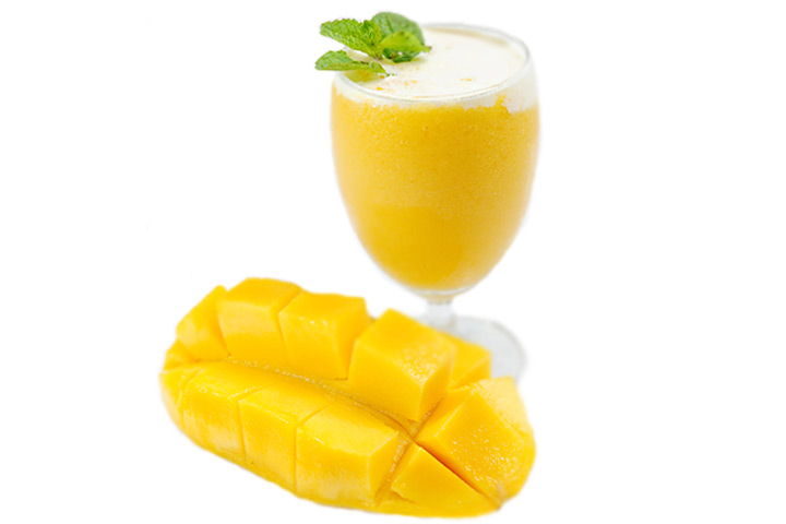 mango and nuts smoothie