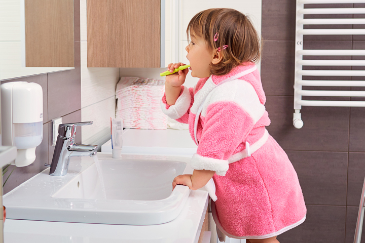 Teach Your Toddler To Brush