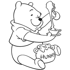 The-bear-eating-honey