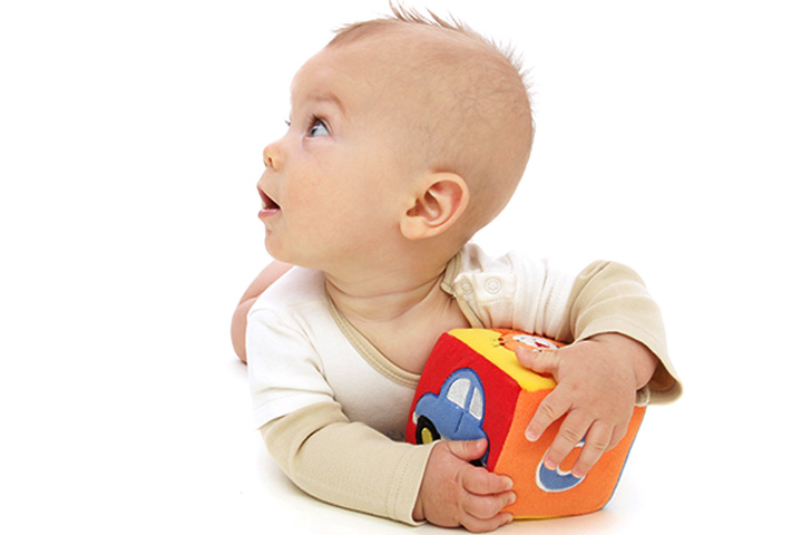 motor skills development of 6 month olds