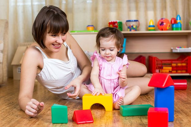 physical activity in early childhood Here are some of the benefits that physical activity offers your child: 1 it strengthens the heart the heart is a muscle like other muscles, its performance improves when it's regularly challenged by exercise even in early childhood 2.