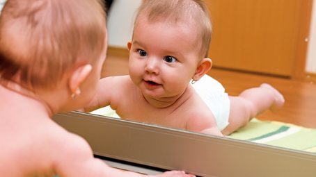 your baby's senses are developing