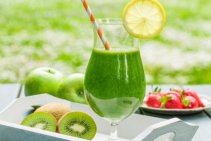 Kiwi Apple Smoothies For Kids With Pictures