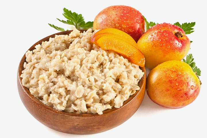 Barley and peach porridge