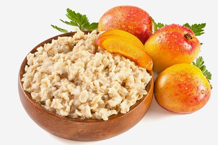 Barley and peach porridge