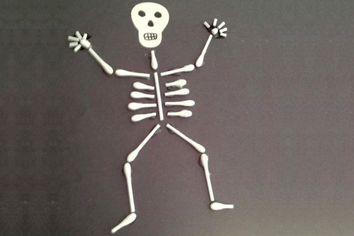 Halloween Crafts For Toddlers - Skeleton Craft