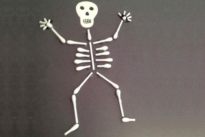 Halloween Crafts For Toddlers - Skeleton Craft