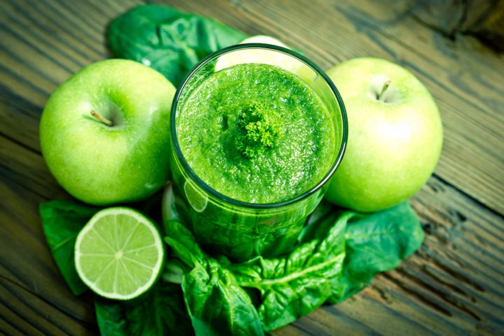 Spinach Apple Smoothiea For Kids With Pictures