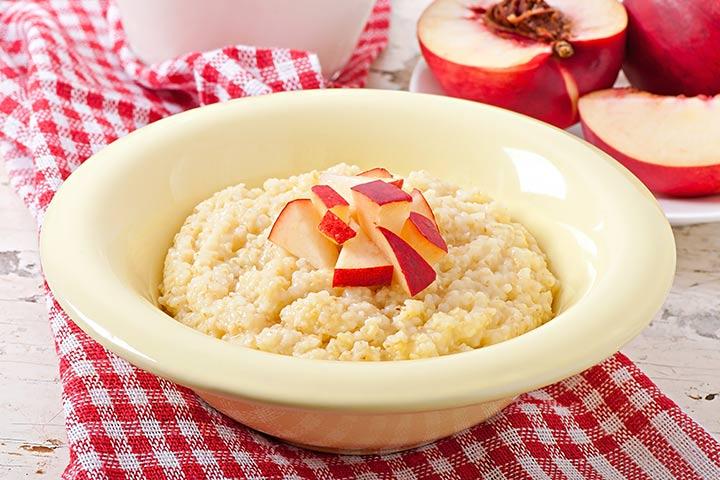 Wheat and peaches porridge