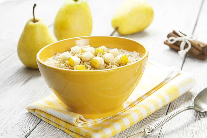Creamy Oatmeal With Pears