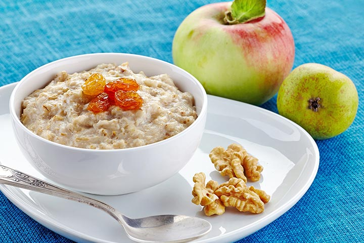Porridge With Apple, Pear And Apricot
