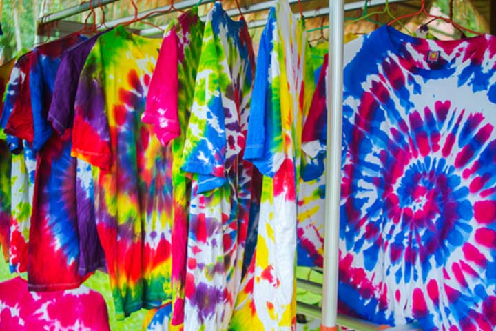 10. Go creative with clothes Tie and dye this summer