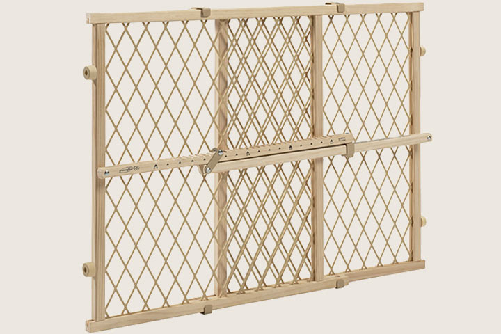 Safety Gates - Evenflo Position And Lock Wood Gate