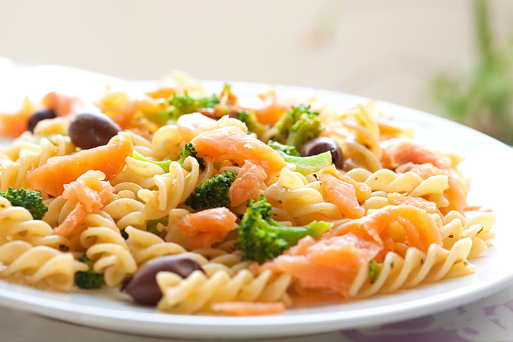Curly Salmon Pasta