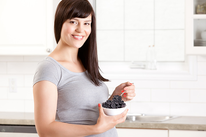 Eating Prunes During Pregnancy