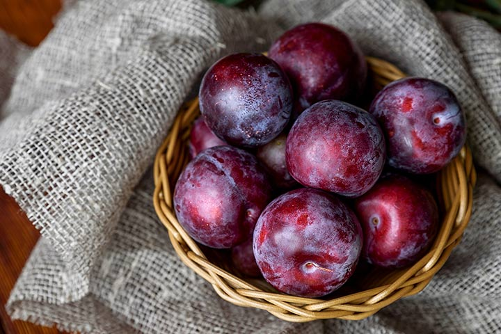 Proven Health Benefits Of Plums During Pregnancy