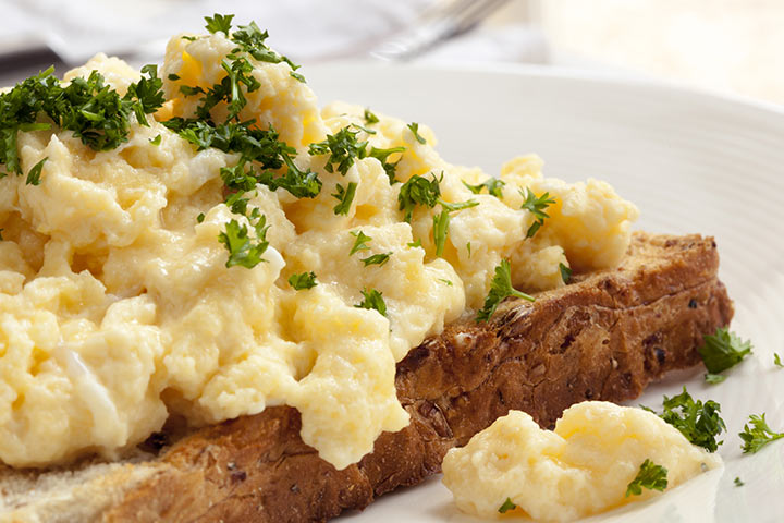 Scrambled Eggs With Chicken Patties