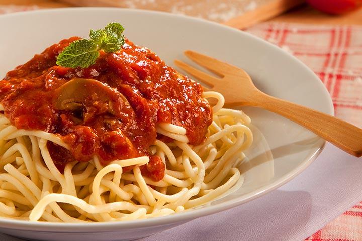 spaghetti bolognese pasta bolognese recipe yummly spaghetti bolognese ...