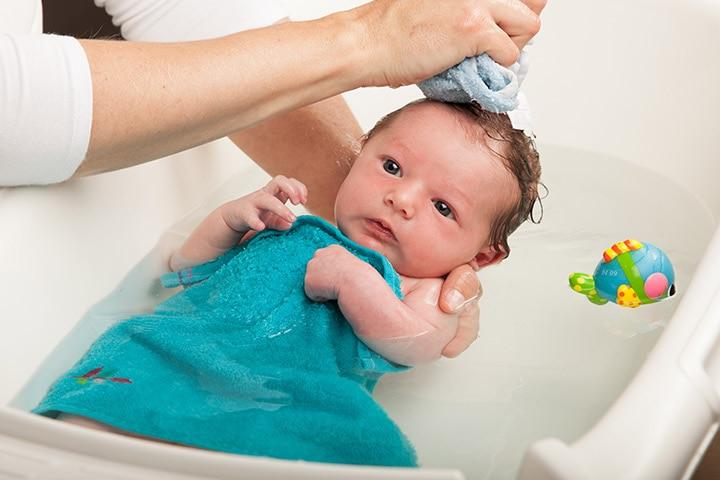 Bagaimana Cara Nak Elakkan Bayi Meruam Melecet Di Pelipat?