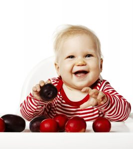 10-Delicious-Plum-Recipes-For-Your-Baby