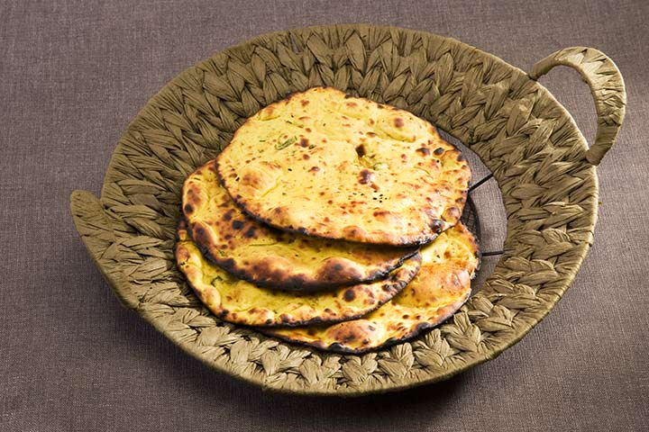 Top 11 indian food recipes for toddlers 2 bajra and jowar rotis with paneer forumfinder Gallery