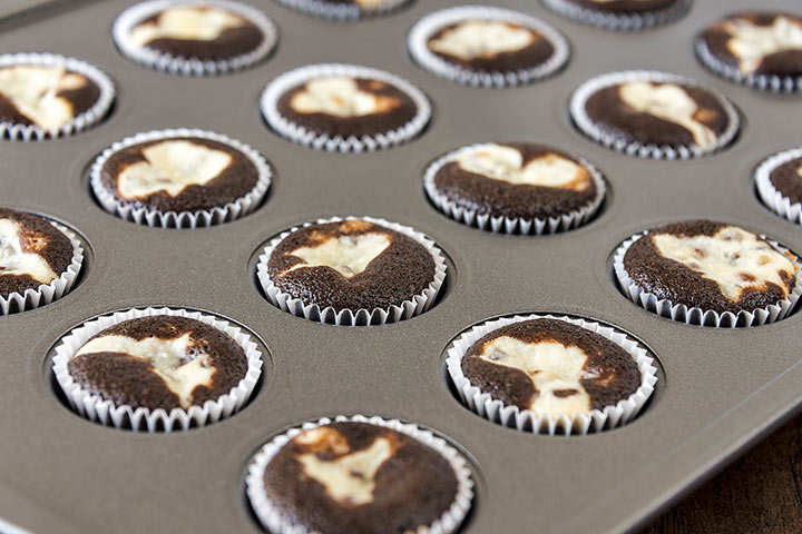 Black Bottom Cupcakes recipes for kids Pictures