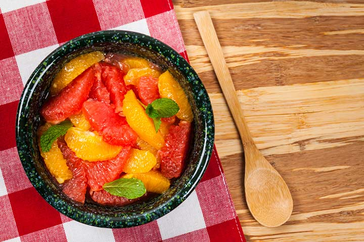 Grapefruit and peach salad