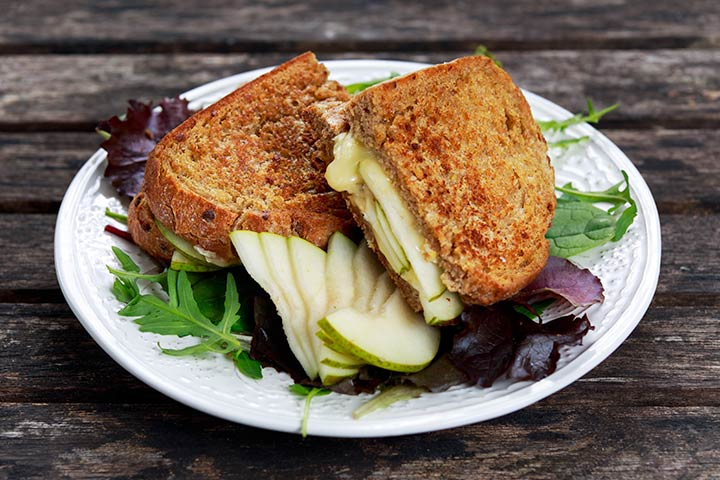 Grilled Sandwich With Pears
