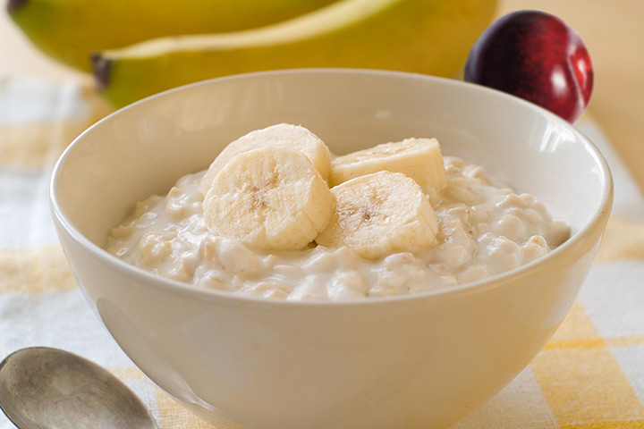 Plums And Bananas With Oats