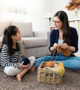 Stay-At-Home-Mom-What-Are-Its-Benefits-And-How-To-Afford-To-Be-One1