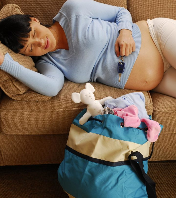 Things To Pack In A New Mom's Survival Kit