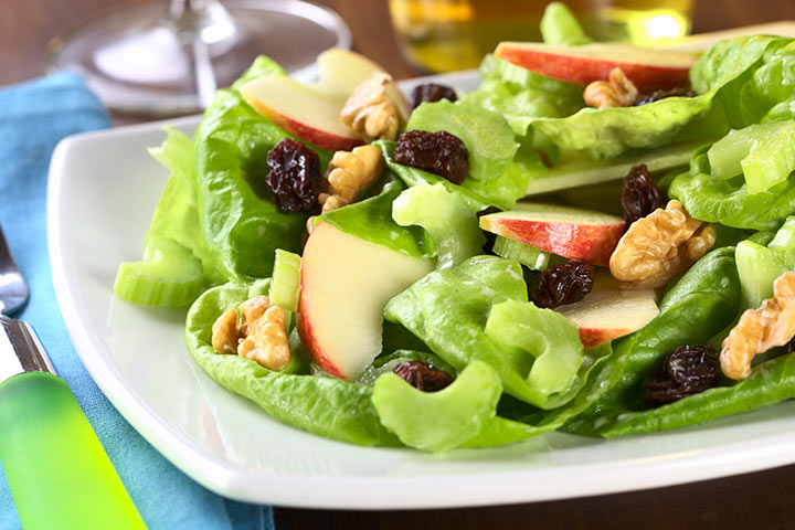 Apple And Lettuce Salad With Melon Dressing