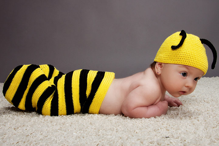 10 easy homemade baby halloween costumes baby bee solutioingenieria Choice Image