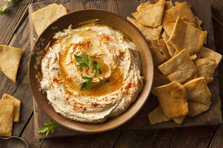 Hummus Dip With Crispy Vegetables And Pita Bread