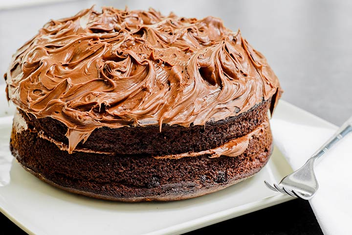 Nutella Cake With Eggs